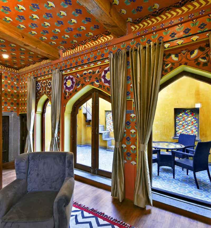 luxury resorts in Udaipur