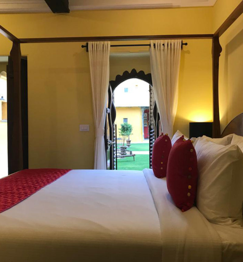 top 10 resorts in udaipur
