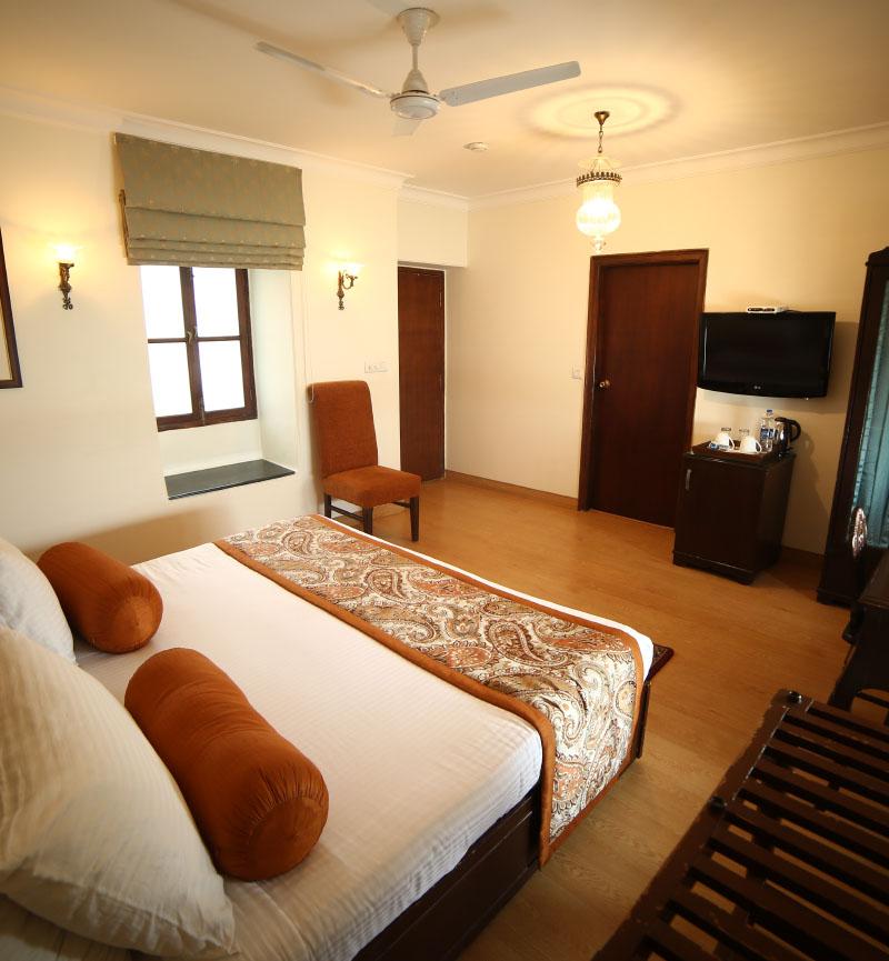 hotels in varanasi Uttar pradesh