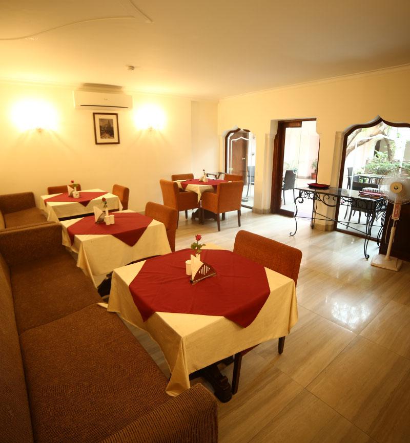 best resorts in varanasi
