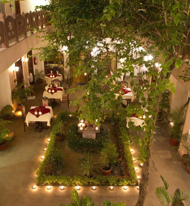 best hotel to stay in varanasi