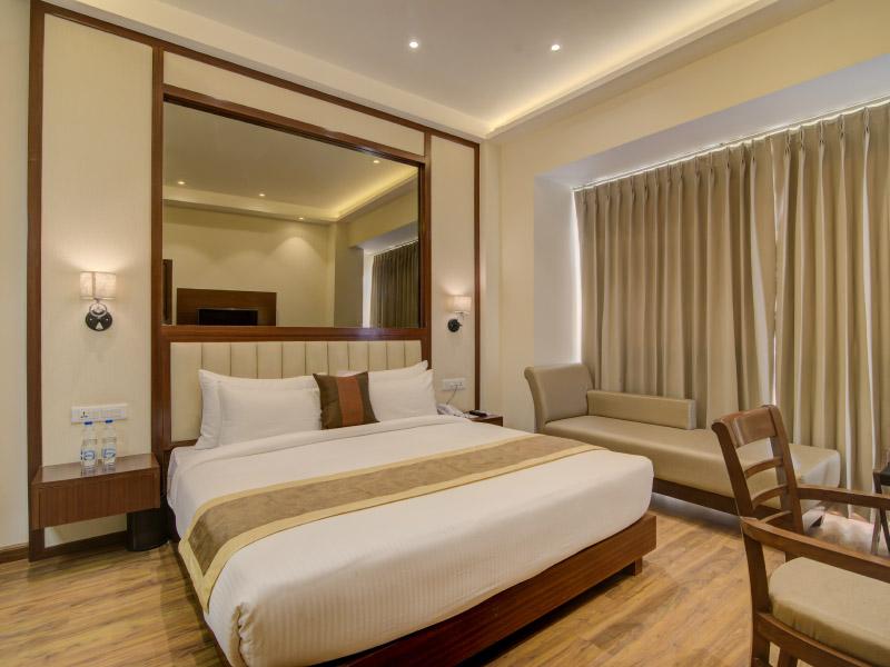 best hotel near amritsar railway station