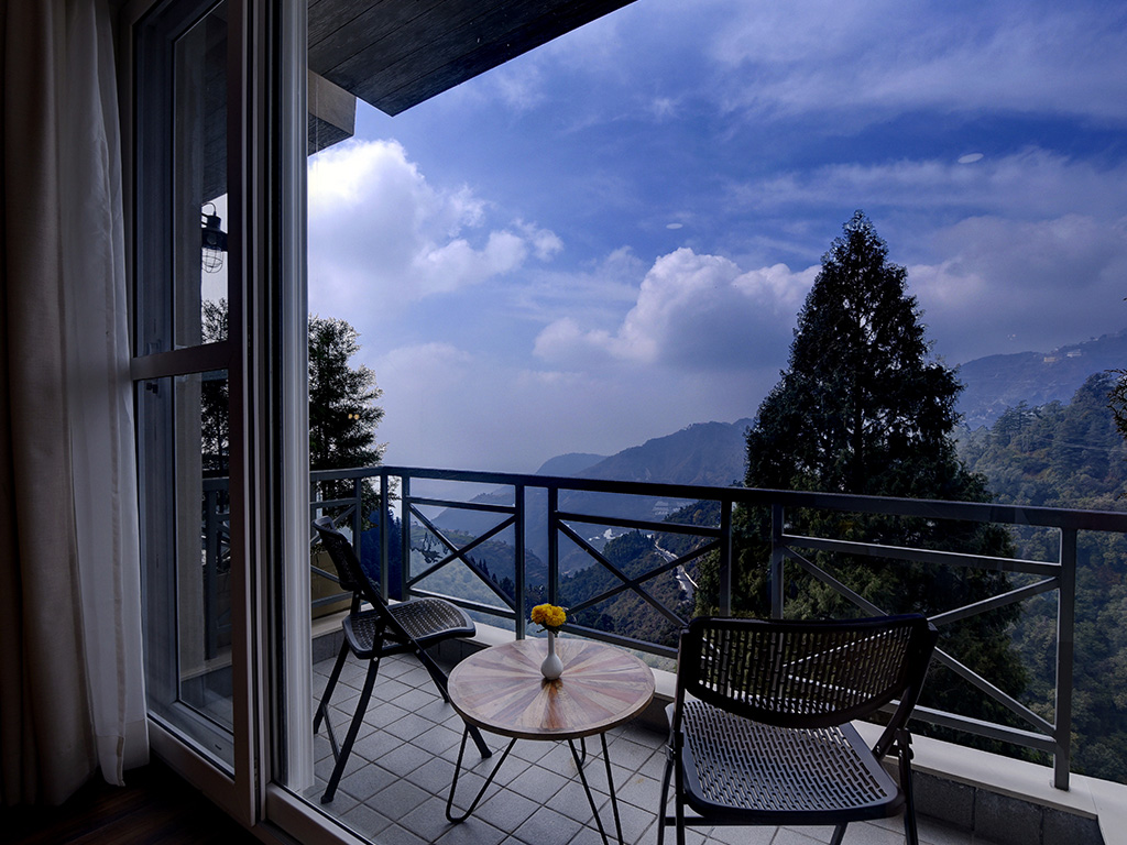 resorts in mussoorie with swimming pool