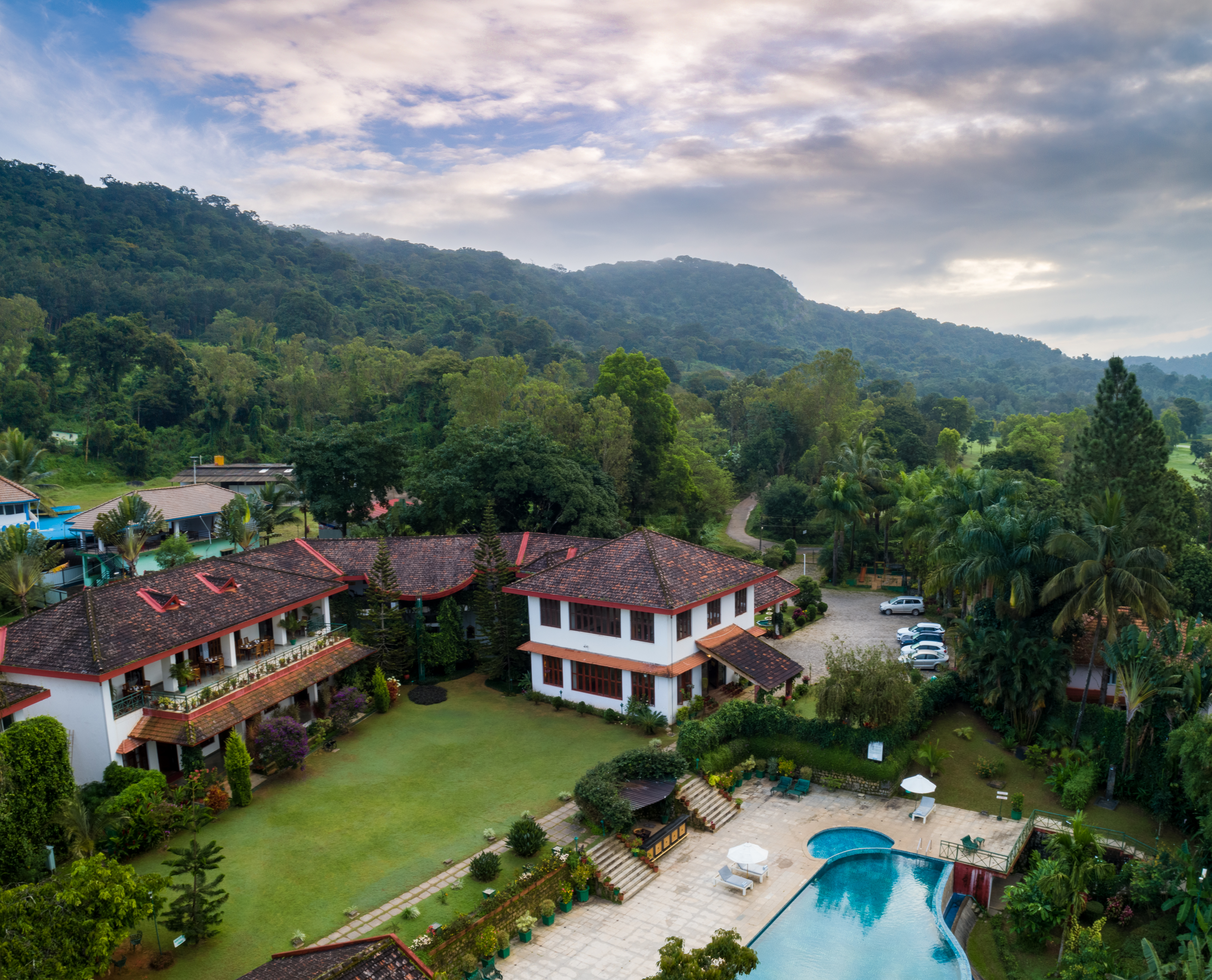 luxury resorts in coorg